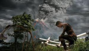 Uma foto do filme After Earth mostra como o Planeta Terra ficou após anos sem a intervenção do homem e o personagem Kitai Raige (interpretado por Jaden Smith).