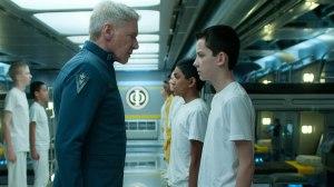 Ender Wiggin e o coronel Graff.