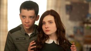 Quando Wiggin precisa de apoio da família, a irmã Valentine (Abigail Breslin) é a única pessoa que o compreende e o ajuda. Fonte: Divulga/reprodução.